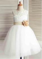 Exquisite Tulle & Lace Jewel Neckline Ball Gown Flower Girl Dresses With Handmade Flowers & Bowknot