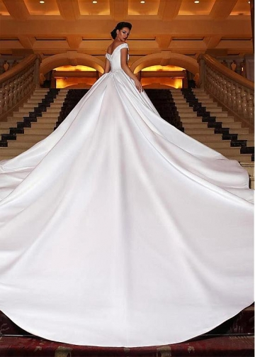 Eye-catching Satin Off-the-shoulder Neckline Ball Gown Wedding Dress With Beaded Lace Appliques
