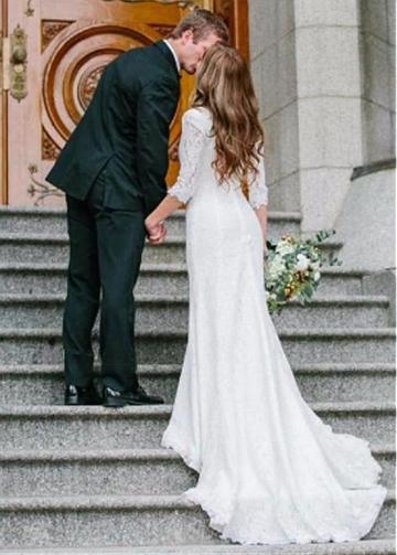 Wonderful Lace V-neck Neckline Sheath/Column Wedding Dress