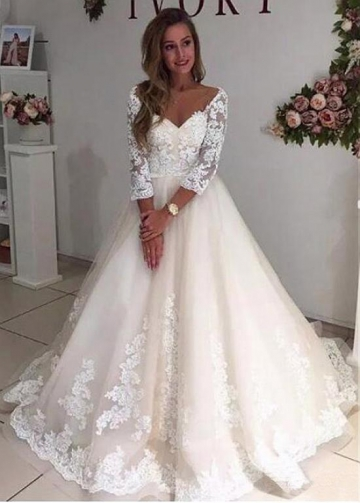 Wonderful Tulle V-neck Neckline A-line Wedding Dress With Lace Appliques