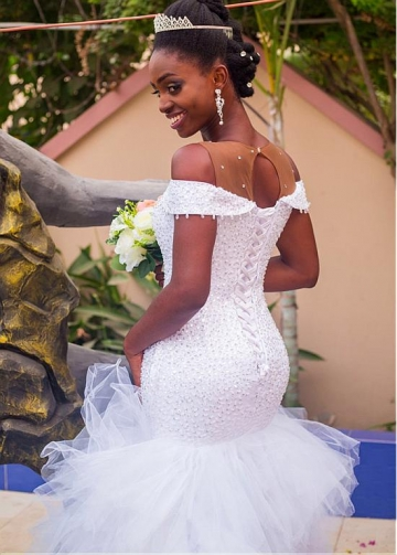 Fashionable Tulle Jewel Neckline Neckline Mermaid Wedding Dress With Beadings & Ruffles