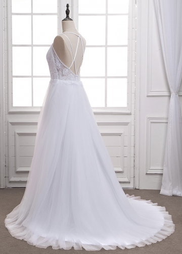Wonderful Tulle Spaghetti Straps Neckline A-Line Wedding Dress With Lace Appliques
