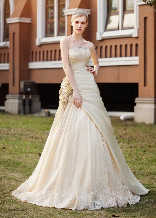 Elegant Taffeta & Tulle Strapless Neckline A-line Wedding Dresses
