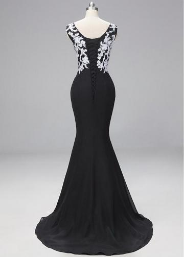 Stunning Lace & Chiffon V-neck Neckline Cap Sleeves Mermaid Evening Dresses
