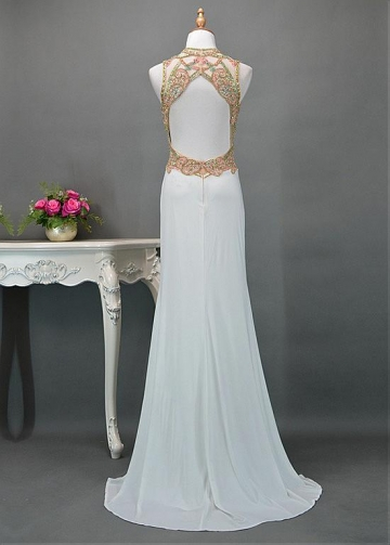 Newest Chiffon Jewel Neckline Sheath/Column Evening Dresses With Beadings