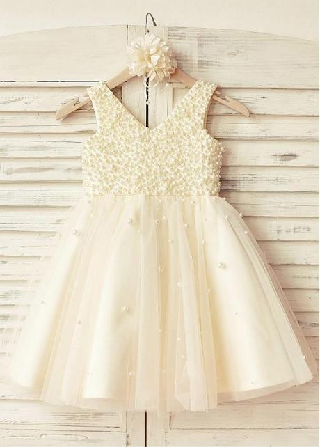 Elegant Tulle V-neck Neckline Ball Gown Flower Girl Dresses With Beadings