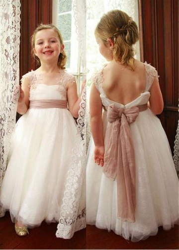 Modest Tulle Square Neckline Cap Sleeves A-line Flower Girl Dresses With Lace Appliques & Sash