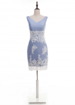 Graceful Taffeta V-neck Neckline Sheath/Column Mother Of The Bride Dress With Lace Appliques & Detachable Coat