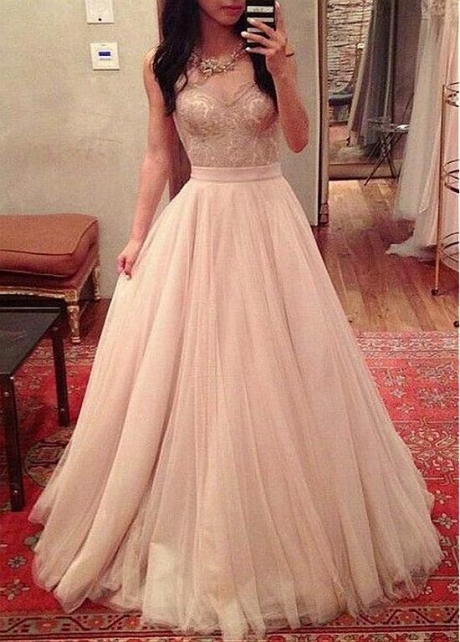Eye-catching Tulle Jewel Neckline A-line Prom Dress With Lace Appliques & Sash