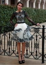 Stunning Tulle Bateau Neckline Short A-line Wedding Dress With Lace Appliques