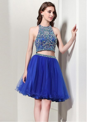 Chic Tulle Halter Neckline Cut-out Back Two Piece Short Ball Gown Homecoming Dresses With Beadings