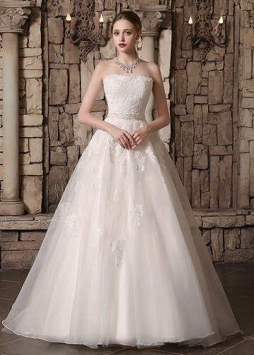 Glamorous Organza Strapless Neckline Lace Appliques A-line Wedding Dresses