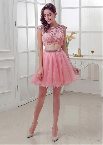 Chic Tulle Jewel Neckline A-Line Two-piece Homecoming Dresses With Lace Appliques