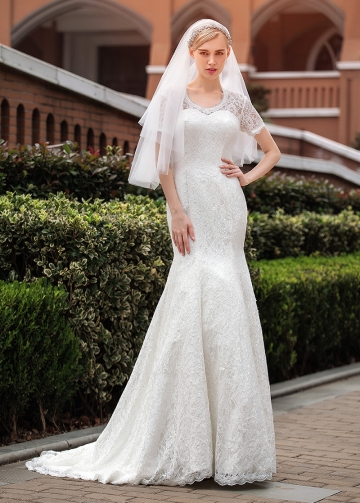 Alluring Lace Scoop Neckline Mermaid Wedding Dresses