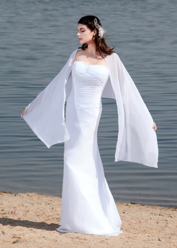 Graceful Chiffon Strapless Neckline Sheath Wedding Dresses With Detachable Shawl