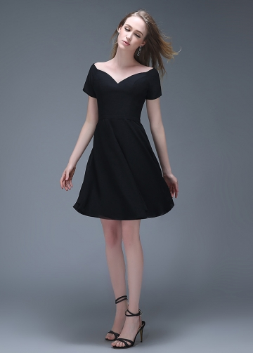 Lovely Chiffon Off-the-shoulder Neckline Short A-line Homecoming Dresses