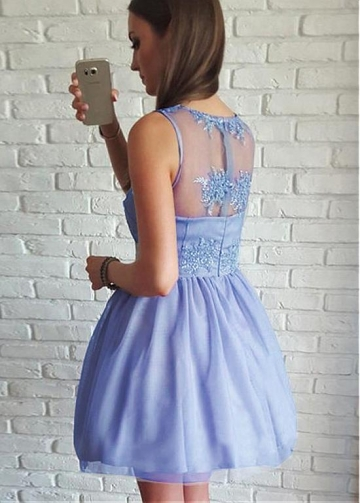 Stunning Tulle V-neck Neckline Short A-line Homecoming Dresses With Beaded Lace Appliques