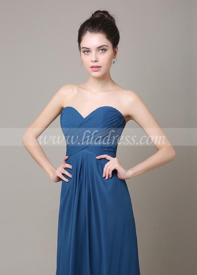 Elegant Chiffon Sweetheart Neckline A-line Bridesmaid Dress