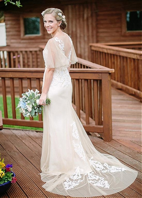 Delicate Tulle Bateau Neckline Mermaid Wedding Dresses With Lace Appliques