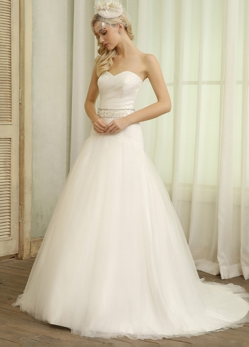Elegant Tulle Sweetheart Neckline Ball Gown Wedding Dresses With Detachable Jacket