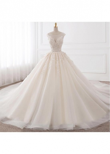 Fabulous Tulle Jewel Neckline Ball Gown Wedding Dresses With Lace Appliques