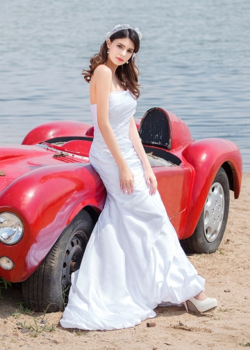 Elegant Taffeta Strapless Neckline Mermaid Wedding Dresses