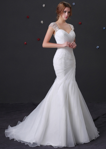 Elegant Organza Sweetheart Neckline Mermaid Wedding Dress