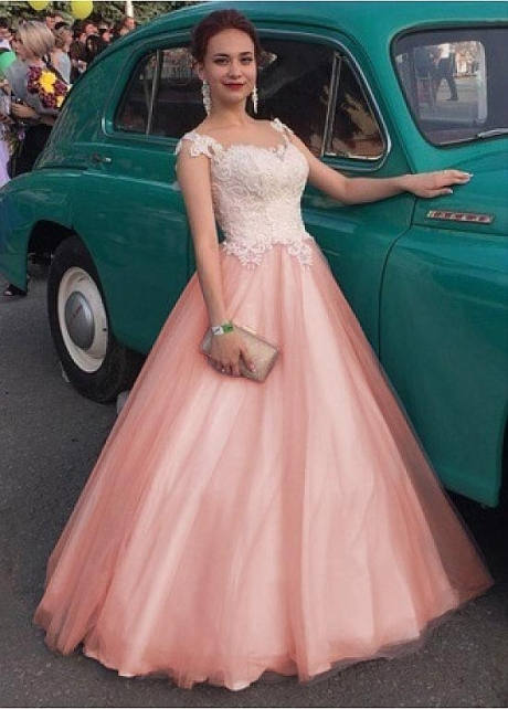 Distinctive Tulle Jewel Neckline Floor-length A-line Prom Dresses With Beaded Lace Appliques