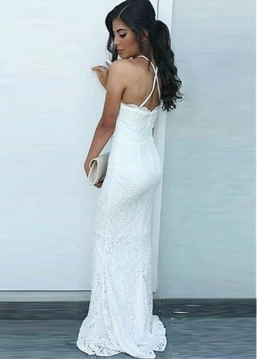 Distinctive Lace Halter Neckline Floor-length Sheath/Column Evening Dresses