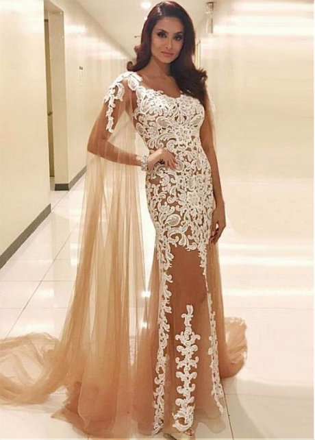 Attractive Tulle Jewel Neckline Mermaid Evening Dress With Lace Appliques