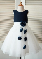 Elegant Tulle & Satin Scoop Neckline Tea-length A-line Flower Girl Dresses With 3D Flowers