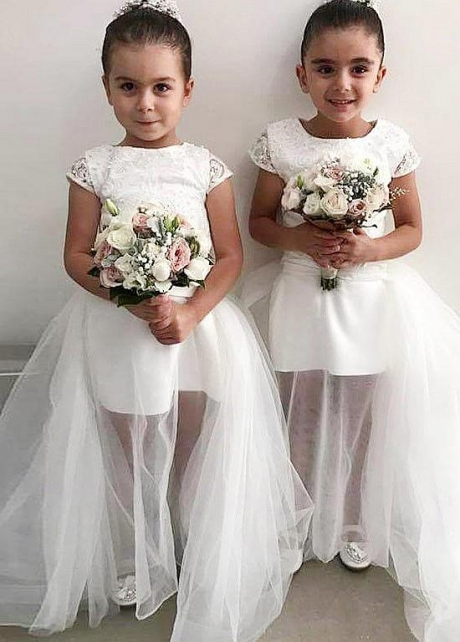 Beautiful Lace & Tulle Jewel Neckline Ball Gown Flower Girl Dresses With Beadings