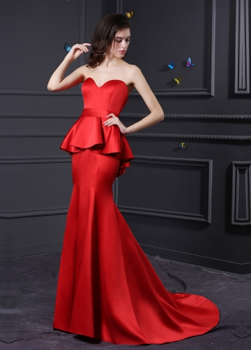 Elegant Satin Sweetheart Neckline Mermaid Bridesmaid Dress