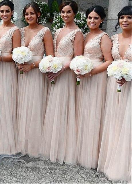 Wonderful Tulle V-neck Neckline A-line Bridesmaid Dresses With Lace Appliques & Belt
