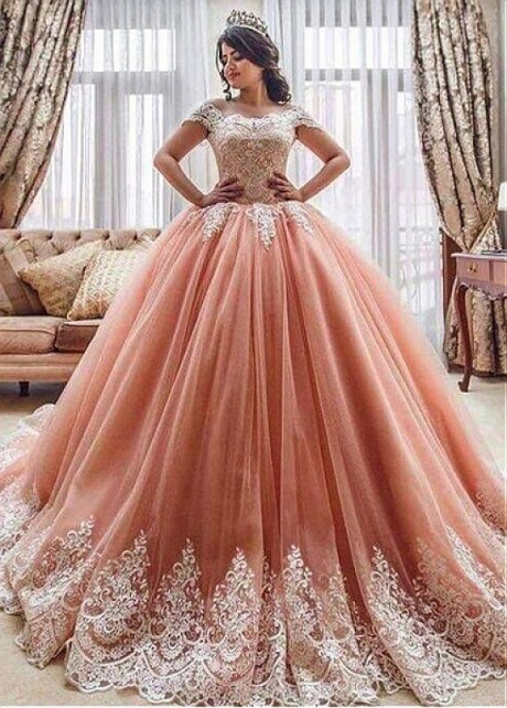 Lavish Tulle Off-the-shoulder Neckline Floor-length Ball Gown Quinceanera Dresses With Lace Appliques
