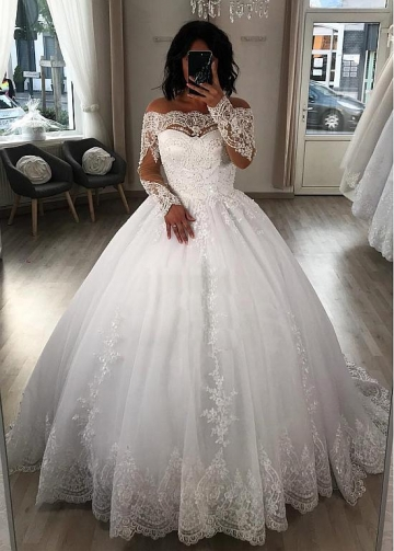 Exquisite Tulle Off-the-shoulder Neckline Ball Gown Wedding Dresses With Beaded Lace Appliques