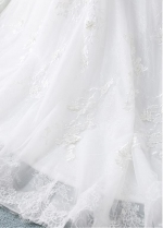 Eyecatching Tulle & Lace Scoop Ball Gown Wedding Dress With Lace Appliques & 3D Flowers & Beadings