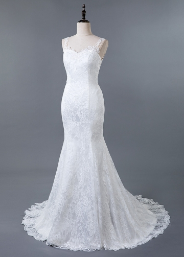 Stunning Tulle & Lace V-neck Neckline Mermaid Wedding Dress With Lace Appliques