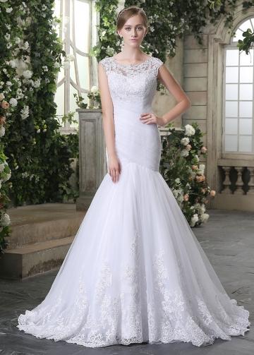 Glamorous Tulle Bateau Neckline Lace Appliques Mermaid Wedding Dresses