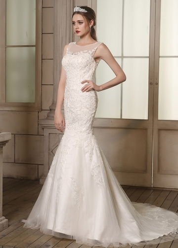 Elegant Tulle Bateau Neckline Mermaid Wedding Dresses With Beaded Lace Appliques