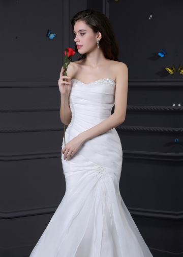 Elegant Organza Satin Sweetheart Neckline Mermaid Wedding Dress