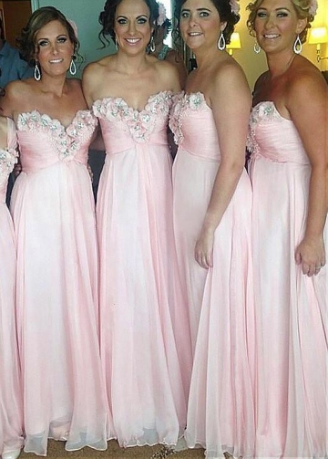 Alluring Chiffon Sweetheart Neckline A-line Bridesmaid Dresses With Beaded Handmade Flowers