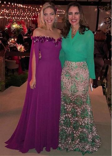 Romantic Chiffon Off-the-shoulder Neckline Full Length A-line Evening Dress With Handmade Flowers