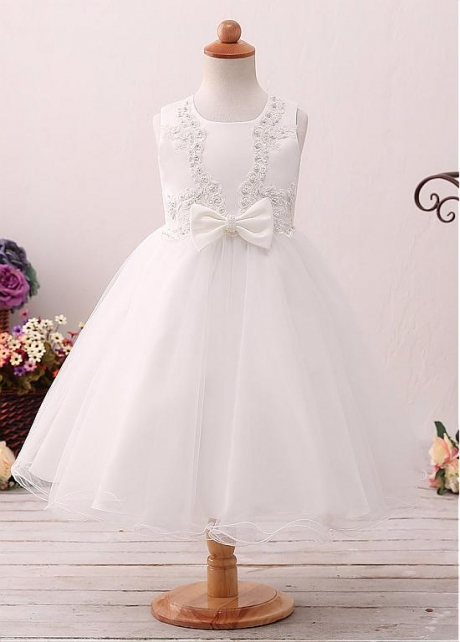 Charming Tulle Jewel Neckline Ball Gown Flower Girl Dress With Lace Appliques & Beadings & Bowknot & Belt