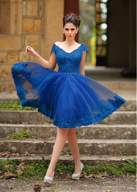 Marvelous Tulle Off-the-shoulder Neckline Knee-length Ball Gown Homecoming Dresses With Beaded Lace Appliques