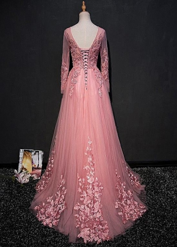 Fabulous Tulle Jewel Neckline Floor-length A-line Prom Dresses With Lace Appliques & Beadings