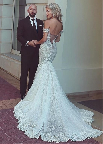 Chic Tulle & Lace Off-the-shoulder Neckline Mermaid Wedding Dress With Lace Appliques