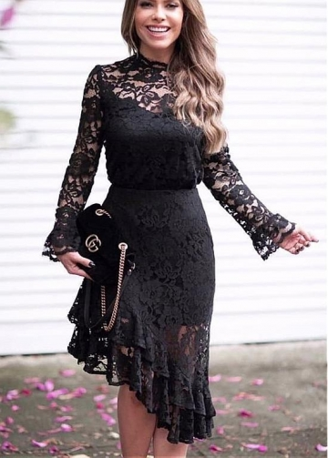 Stunning Lace High Collar Sheath/Column Cocktail Dresses