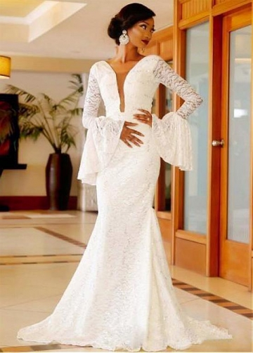 Attractive Lace & Tulle V-neck Neckline Natural Waistline Mermaid Wedding Dress