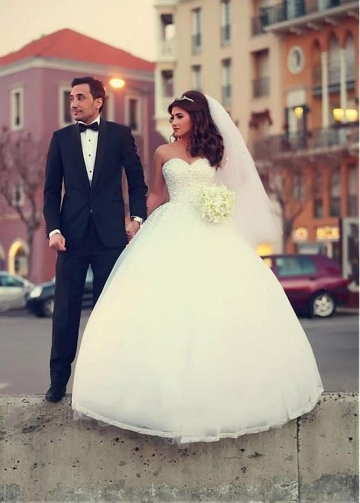 Brilliant Tulle Sweetheart Neckline Ball Gown Wedding Dresses with Beadings & Rhinestones
